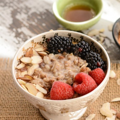 Warm Chai Oatmeal Almond Bowl