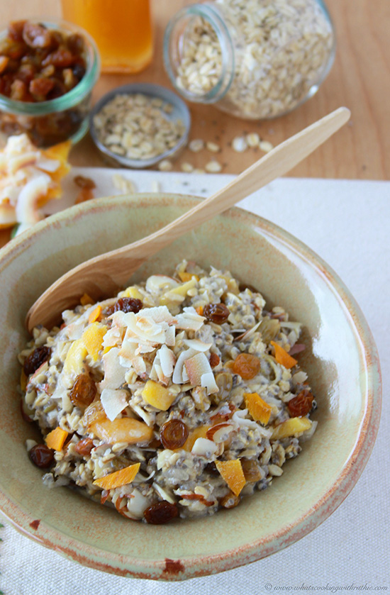 Romantic breakfast ideas for Valentine's Day? | Mango Coconut Chia Overnight Oats. | ahedgehoginthekitchen.com