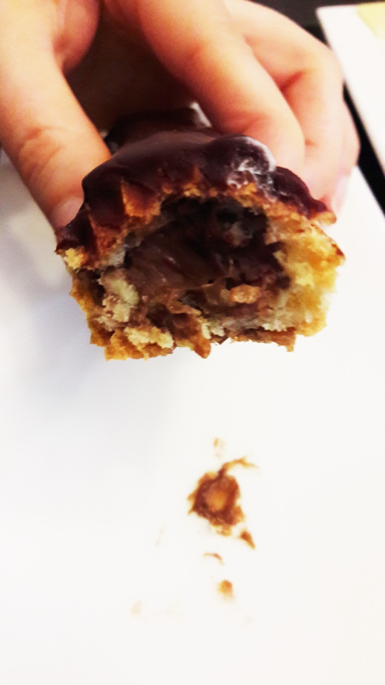 Paris Baguette. The most delicious chocolate éclair! | ahedgehoginthekitchen.com