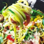 Thai zoodles : spiralized zucchini noodles with tomato & pepper