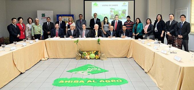 AHIBA Presenta Fideicomiso Para Apoyar La Producción Agropecuaria