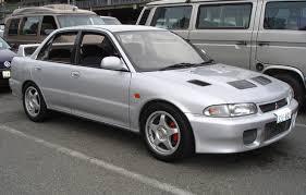 Ahli kunci mobil Mitsubishi evolution