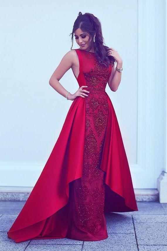 فستان خطوبة طويل