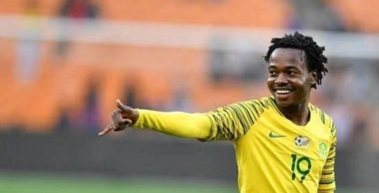 استبعاد بيرسي تاو من قائمة منتخب جنوب أفريقيا مع نظيره الإثيوبي