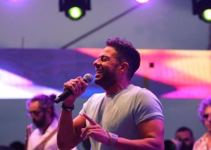 حفل محمد حماقى بالساحل الشمالى ويتغزل في حماته ويغني لها بحضور نجوم الفن