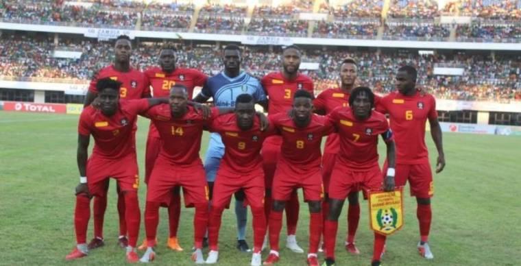تسمم لاعبي منتخب غينيا بيساو قبل مباراة المغرب بتصفيات المونديال والمباراة مهدده بالتأجيل