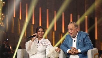 أشرف زكي وروجينا ضيوف أمير كرارة في برنامجه سهرانين