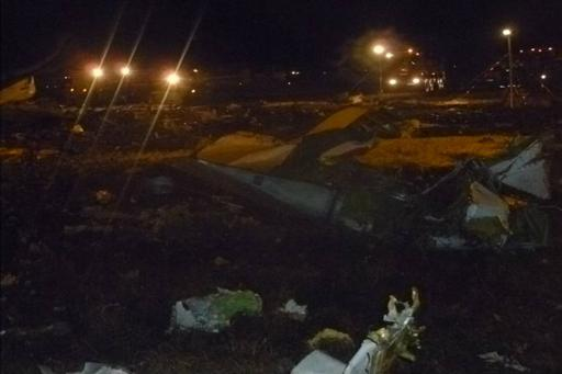 Wreckage is seen at the site of a Boeing 737-500 crash at Kazan airport November 17, 2013 in this handout photograph provided by the Russian Emergencies Ministry. A Boeing 737-500 airliner crashed on landing in the Russian city of Kazan on Sunday, killing all 50 on board and highlighting the poor safety record of Russian airlines that ply internal routes across the world's largest nation. Best quality from source. REUTERS/Russian Emergencies Ministry/Handout (RUSSIA - Tags: DISASTER TRANSPORT TPX IMAGES OF THE DAY) ATTENTION EDITORS - THIS IMAGE HAS BEEN SUPPLIED BY A THIRD PARTY. IT IS DISTRIBUTED, EXACTLY AS RECEIVED BY REUTERS, AS A SERVICE TO CLIENTS. NO SALES. NO ARCHIVES. FOR EDITORIAL USE ONLY. NOT FOR SALE FOR MARKETING OR ADVERTISING CAMPAIGNS