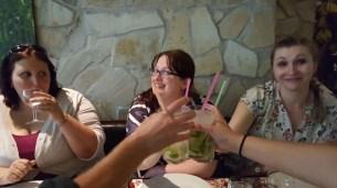 Leckere Cocktails - und eine glückliche Miri