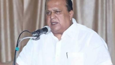 Photo of पालकमंत्री म्हणतात, राम मंदिर बांधण्यासाठी परिस्थिती योग्य नाही