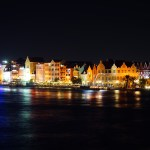 nächtliches Lichtermeer von Willemstad