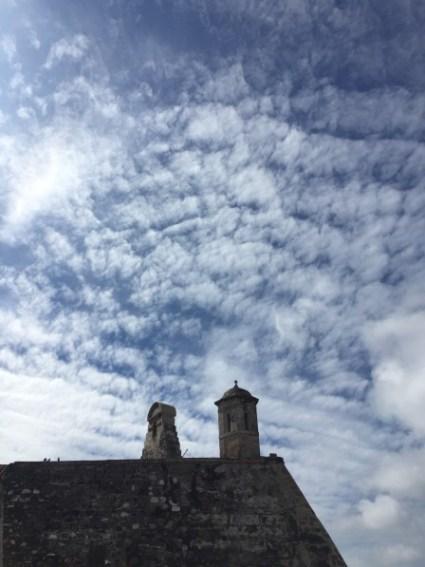 Castillo San Felipe de Barajas - Festung und Wolkenformation
