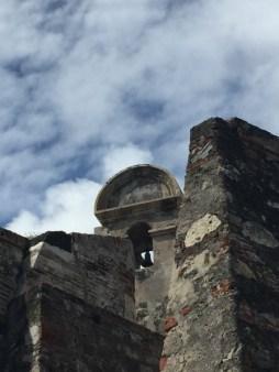 Castillo San Felipe de Barajas - Wehrmauern und Glockenturm