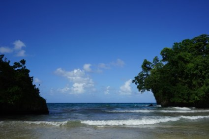 Frenchman's Cove - in die Ferne blicken