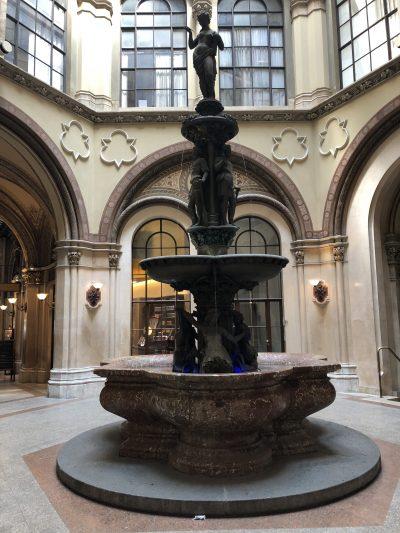 Palais Ferstel Brunnen