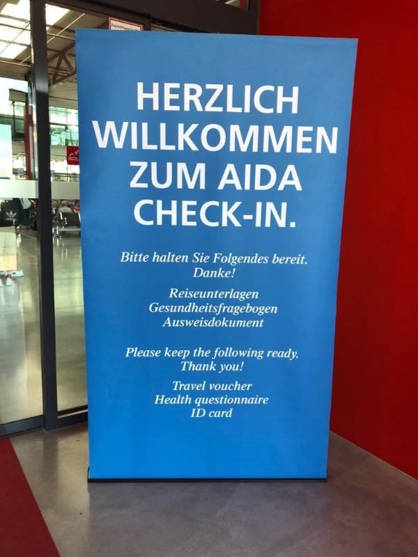Check - in Hamburg Steinwerder