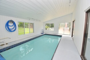 11 Pool Area (1)