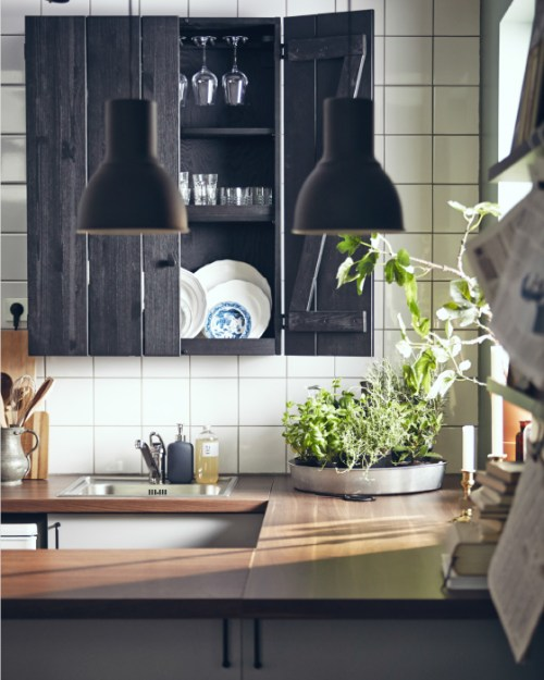 ikea-make-a-traditional-style-kitchen-wooden-counter-tops
