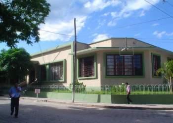 Fachada Alcaldía de Yacuiba