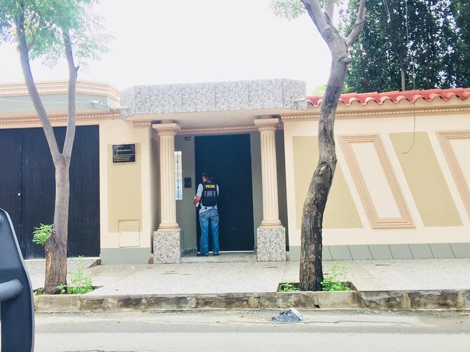Tarija: Allanan casa particular y encuentran cocaína y marihuana, hay tres personas detenidas (fotos-video)