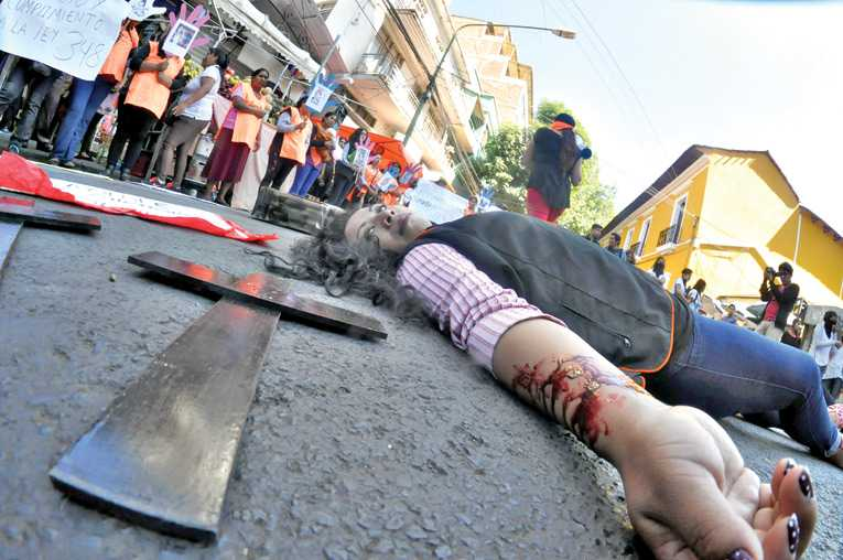 Cochabamba: Adicto mata a su pareja y feminicidios suben a 4