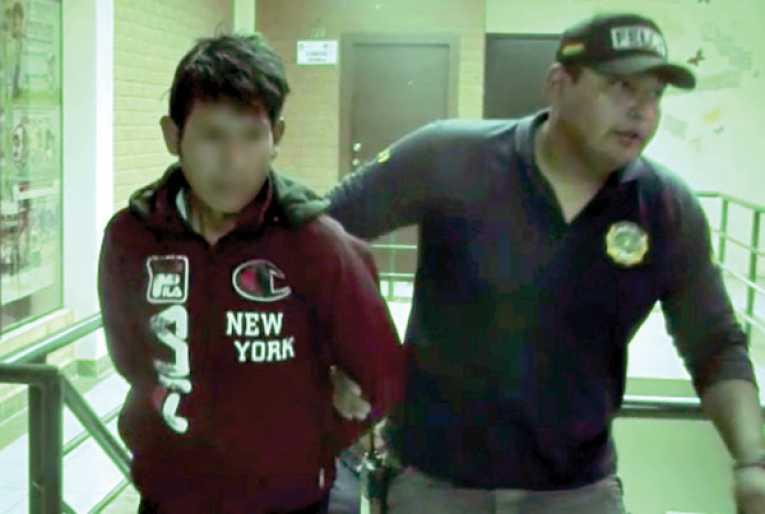 Padre viola a su hija de 14 años y la embaraza
