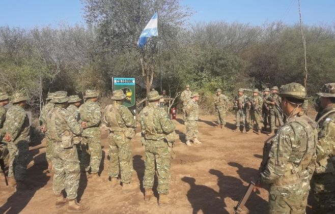 Argentina: Fuerte despliegue militar en la frontera con Bolivia