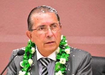Edgar Pozo, ex Ministro de Salud y Deportes.
