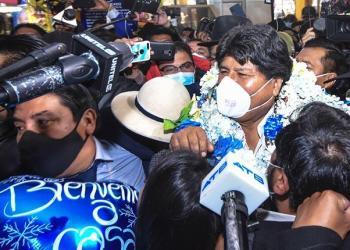 Evo Morales a su llegada a El Alto, ayer. | Marka Registrada