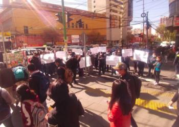 Trabajadores de la CNS que se manifestaron este viernes. Foto: Representante de trabajadores en salud de la CNS.