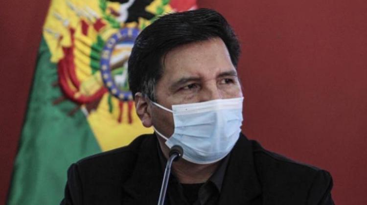 Adrián Quelca, Ministro de Educación