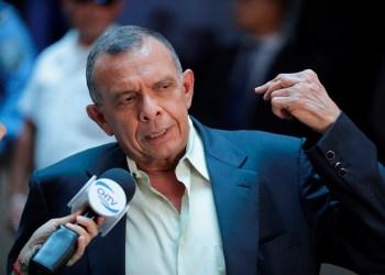 En la imagen, el expresidente de Honduras Porfirio Lobo. EFE/Gustavo Amador/Archivo