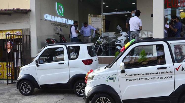 Vehículos eléctricos de la empresa cochabambina Quantum Motors. | Hernán Andia