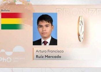 El estudiante tarijeño Arturo Francisco Ruiz Mercado