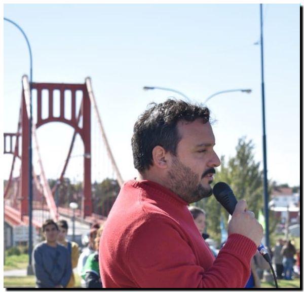 POLÍTICA: Luciano Lescano: «Al que le está yendo muy mal es al pueblo, no al Gobierno»