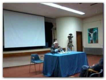 NECOCHEA: Disertación de José Luis Moure
