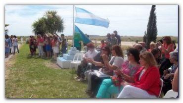 NECOCHEA: Junto a la Escuela Rural Nº 21, en su 50 aniversario