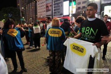 MARCHA: Escasa convocatoria de caceroleros para protestar contra el Gobierno