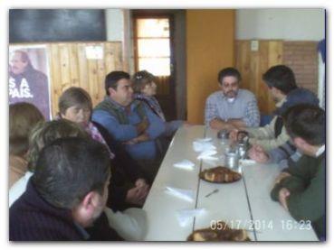 POLÍTICA: Reunión radical en Fernández