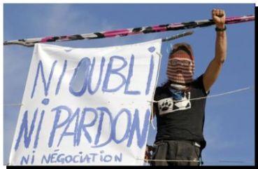 FRANCIA: La muerte de un ecologista por la policía pone en apuros a Hollande