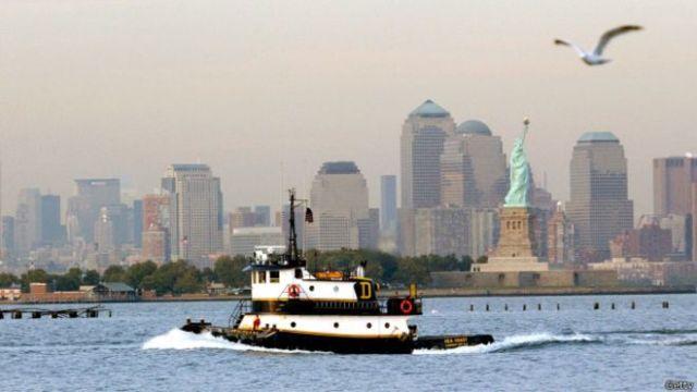 ECOLOGÍA: Cómo Nueva York quiere limpiar sus ríos con ostras
