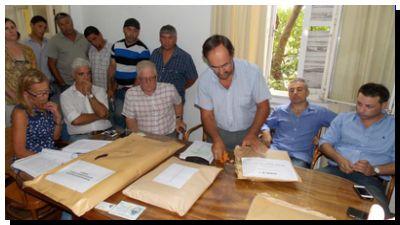 NECOCHEA: Entre ilegalidades quedan dos empresas para la Playa de Camiones