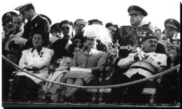 REVISIONISMO: El gran negocio de Franco con la guerra
