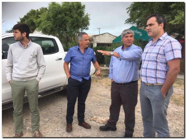 Transportistas reunidos con funcionarios provinciales