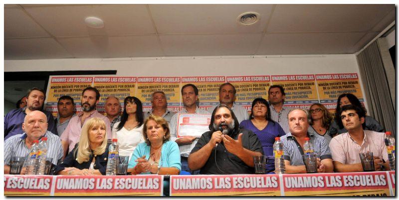 EDUCACIÓN: Tras la huelga, el gobierno bonaerense convoca hoy a paritarias