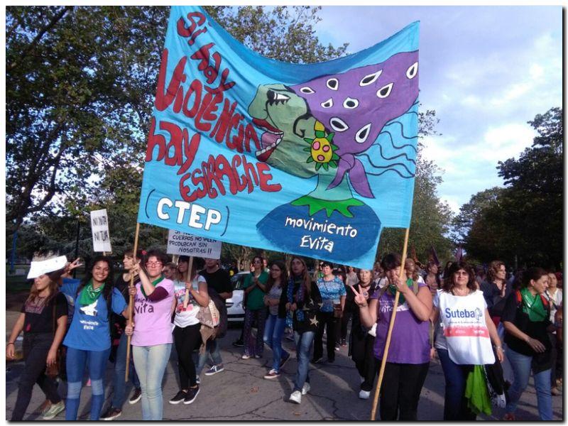 POLÍTICA: Las mujeres de la CTEP y Movimiento Evita en el 8M