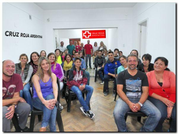 NECOCHEA: Finalizó el primer curso de RCP de la cruz Roja