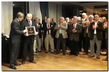 CARBAP entrego el Premio Pilares de CARBAP a Arturo Navarro
