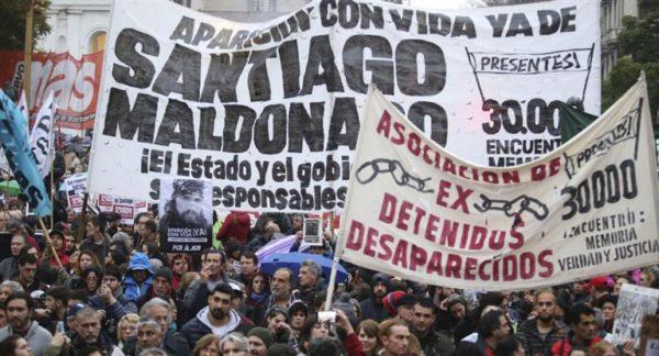 CASO MALDONADO: Un testigo dijo que Gendarmería se llevó a Maldonado y dejó a Bullrich en una situación complicada