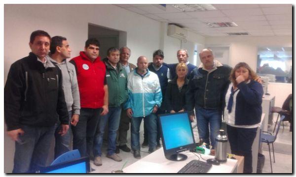 GREMIALES: Acción de la CGT Necochea en defensa de trabajadores de la ANSES